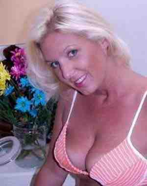 Hi I'm Tracey a fun loving exhibitionist! I love fun people with a great sense of humor and would like to have fun sexy chat! I am totally not into a relationship I have one. I am a horny wife that wants to do some fun stuff like maybe sex in front of my hubby one time...haven't done that before kind of shy about the whole thing but would love to talk it over! I want a stud muffin with a big schlong LOL! Write me!